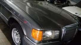 VENDO MERCEDES BENZ 280 SE. 84'