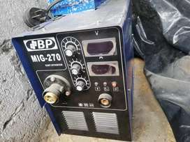 Suelda mig BP 270 Y Suelda Lincoln R3R-400 trifacica