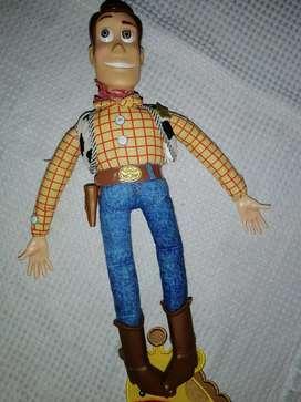 Woody original de disney, con fraces