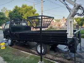 Camion con Hidroelevador