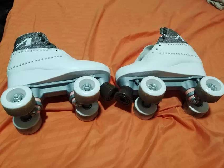 Se vende patines originales de soy luna ambar talla 34 0
