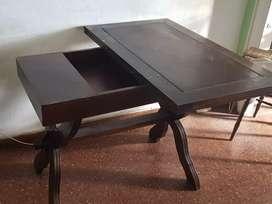 Mesa de roble expansible con guarda mantel