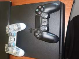 Play Station 4, PS4