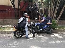Mensajero con Moto