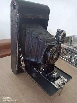Antigua camara Kodak, de 1900