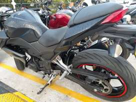 Moto Kawasaki Z250