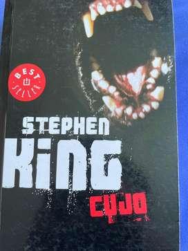 """Libro de Stephen King """"Cujo"""""""