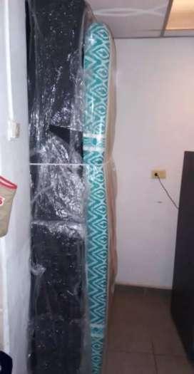 Base cama de dos módulos con colchón