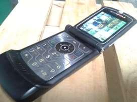 Dumi celular motorola v3 clasico  retro