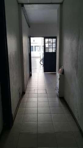 Dueña alq living y dormitorio tipo loft centro luminoso 9 años de antiguedad no cobro comision