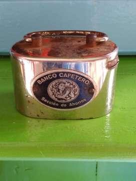 Antigua alcancia. banco cafetero sin llave $ 55.000