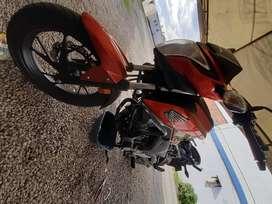 Se vende o permuta barata Honda CBF 160 DLX , en muy buen estado mecánico y físico, papeles para el otro año. Nuevecita!