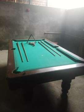 Un mesa de billar
