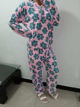 Pijamas piel de conejo