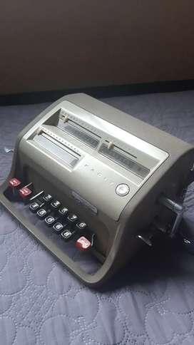 Calculadora antigua facit