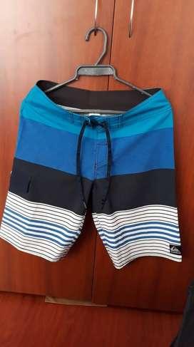 Pantaloneta Quiksilver talla 28 Original