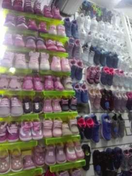 Traspaso tienda de zapatos