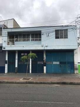 ARRIENDO CASA O LOCAL.