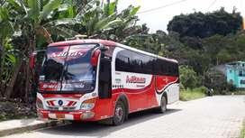 Se Vende Flamante Bus Marca Hino Intercantonal con Derecho y acciones de la Cooperativa de Transportes San José de Minas