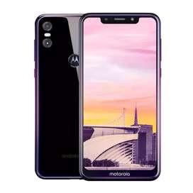 Se vende Motorola One de 64gb 4gb de ram