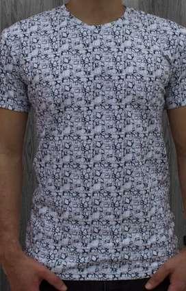 Lote de camisetas surtidas