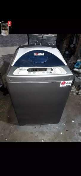 Hermosa lavadora LG de 30 libras