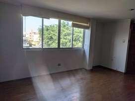 Alquilo Departamento en Surco cerca de Plaza vea cortijo Barranco ( No corredores)(no grupos inmobiliarios)