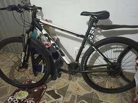 Vendo bicicleta marca HKS
