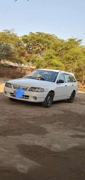 Vendo auto Nissan dual GNV Gasolina 2003 mecánico conservado