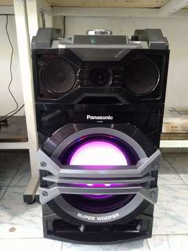 Cabina Panasonic bluetooth 1000w