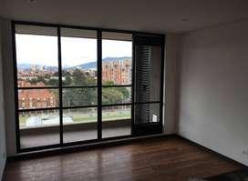 Se arrienda apartamento excelente ubicación y vista. Antigüedad 3 años. Piso 10. Ubicado en colina campestre.