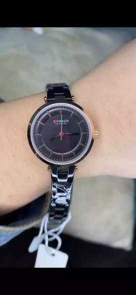 Hermoso reloj para dama CURREN original