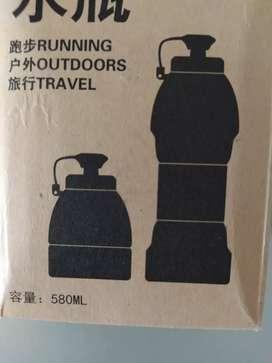 Botella de hidratación plegable