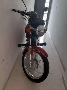 Vendo espectacular moto yamaha libero125