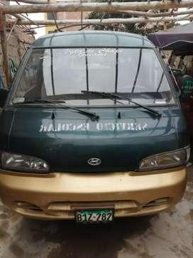 Marca Hyundai Grace, año 2001