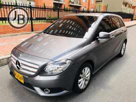 MERCEDES B180 BLUEE EFFICIENCY 1.6T MT 6V IMPECABLE