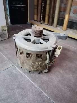 Motor lavarropas wrilpool