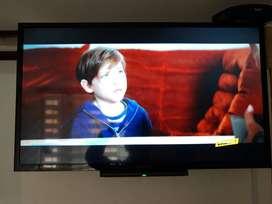 "Tv, SONY 32"" LCD"