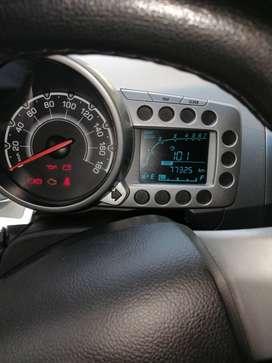 SE VENDE SPARK GT COLOR BLANCO  EN EXCELENTES CONDICIONES