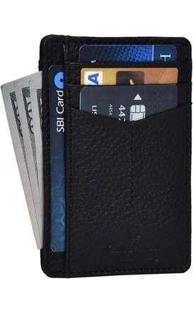 Tarjetero con proteccion RFID practico y durable
