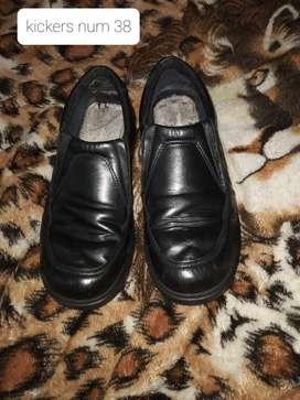 Zapato kickers num 38
