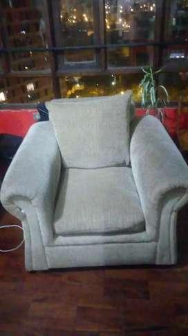 Juego muebles sala color crema