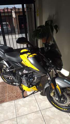Rouser Ns 200 Carburada