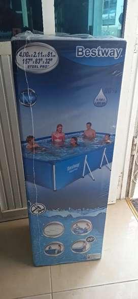 Se vende piscina con un solo uso