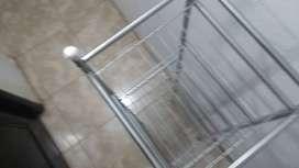 Vendo estanteria usada de metal desarmable