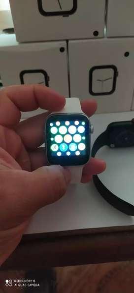 Smartwatch con múltiples funciones