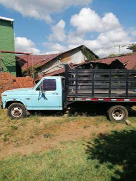 Vendo  Ford 350 3Ton.