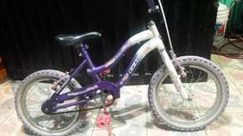 Se vende vicicleta gw con targeta de propieda