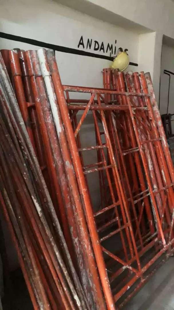 Alquiler de andamios y escaleras 0