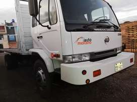 Camion nissan 2006